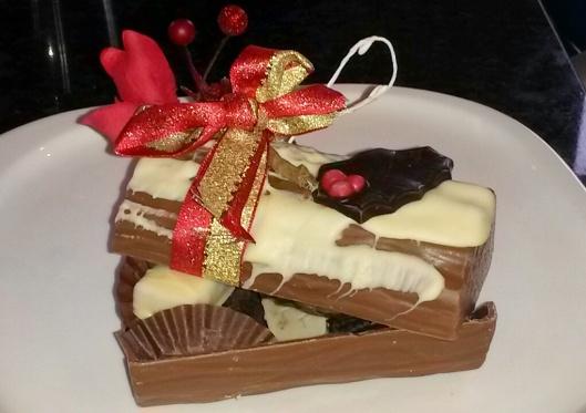 edible Christmas chocolate log Bruges