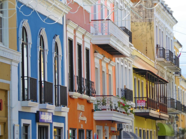 Puerto Rico colourful buildings