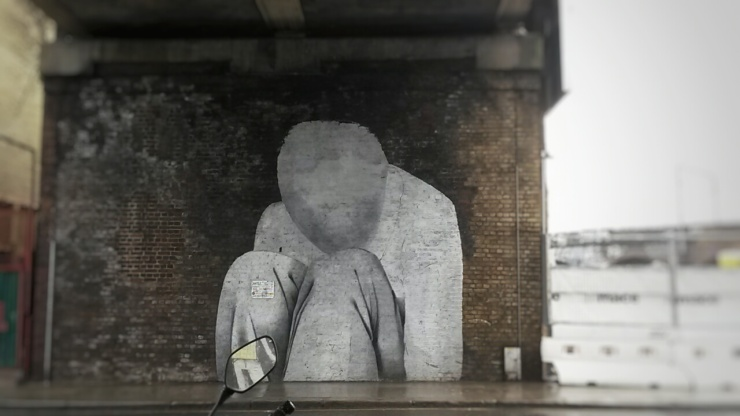 faceless painting Camden street art