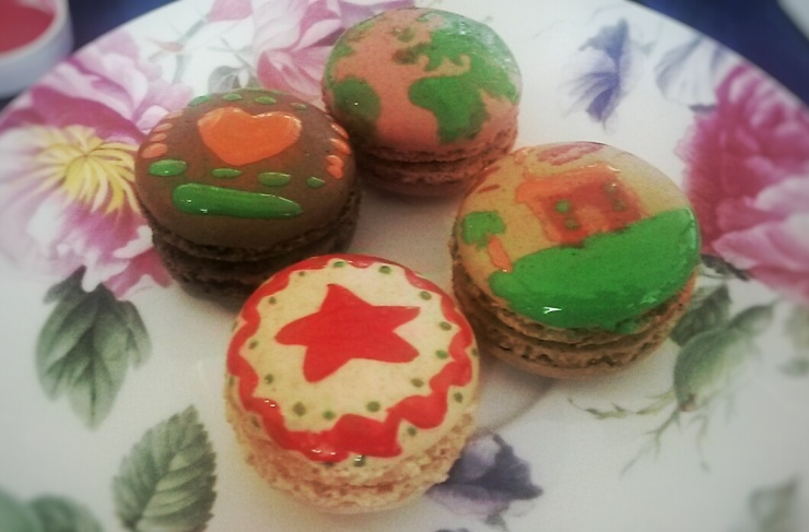 paint your own macarons