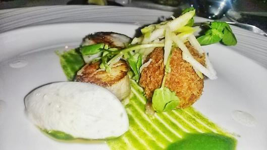 restaurant scallop starter