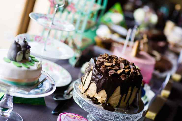 Peanut Butter Cups Cake