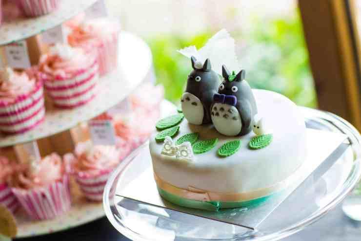 Totoro novelty cake decoration