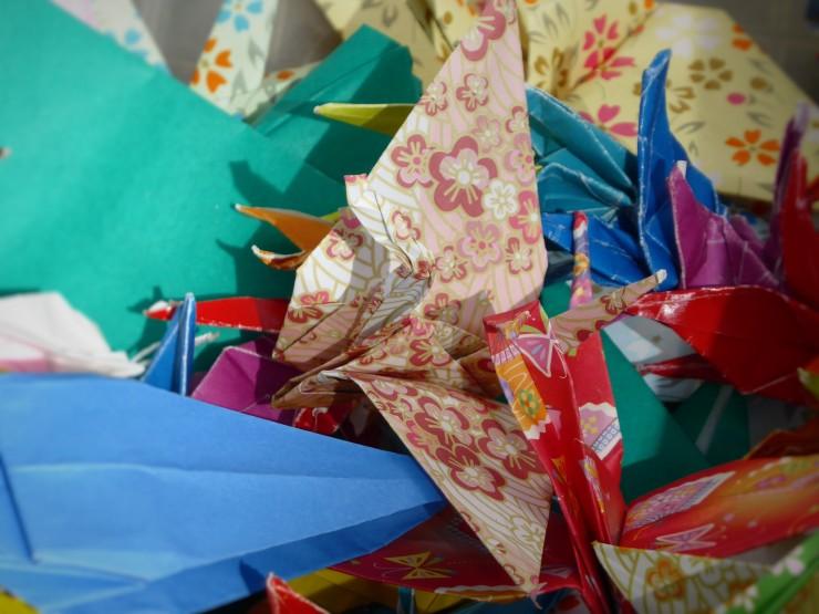 origami paper crane tradition Hiroshima