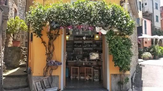 Cornigilia bar restaurant Cinque Terre