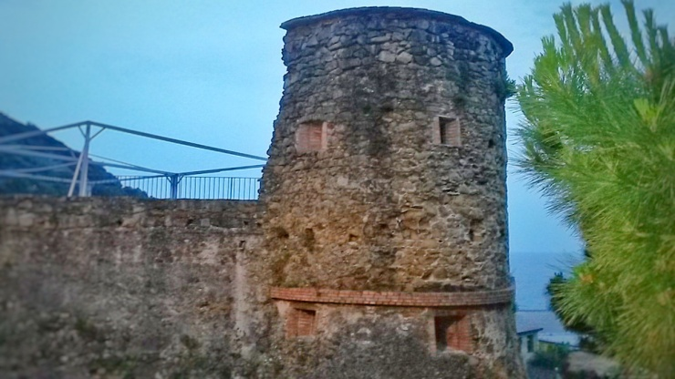 Riomaggiore Castle