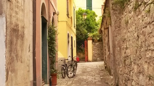 Cinque Terre travel guide information