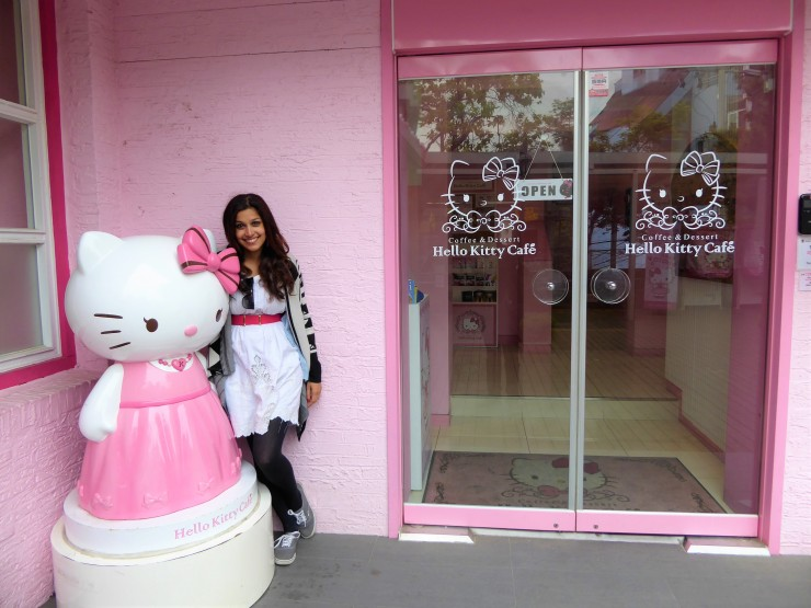 blog review Hello Kitty Cafe Hongdae