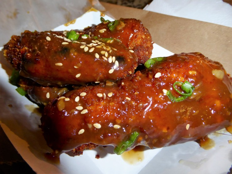 Mokbar Korean chicken NYC