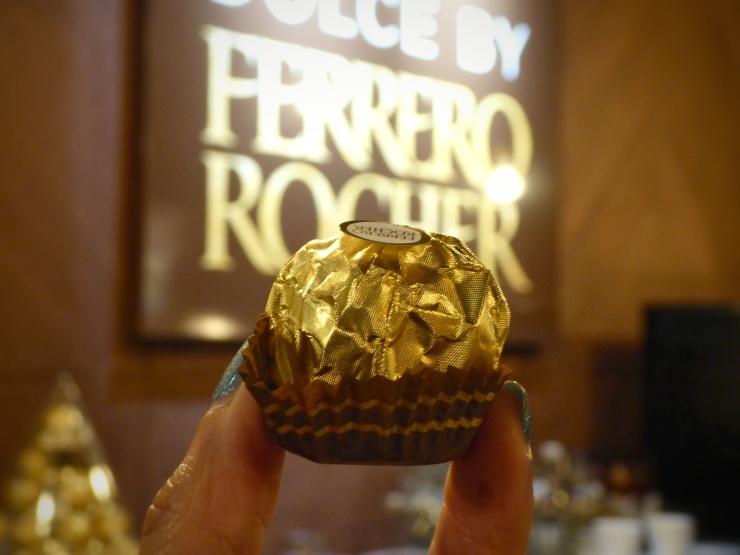 Ferrero Rocher dessert cafe
