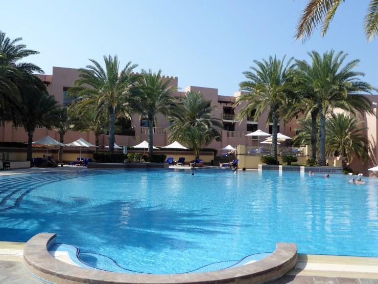 Shangri La swimming pool