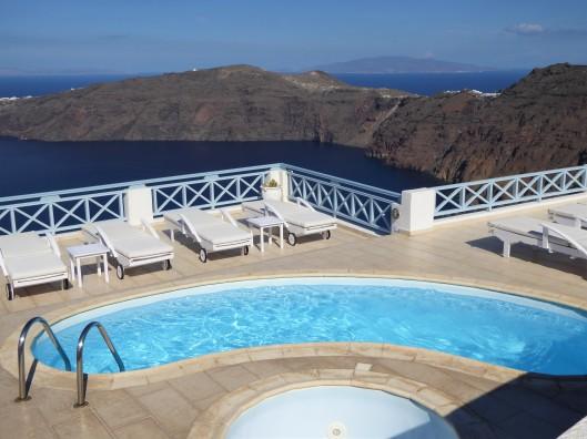 Santorini travel blogger guide