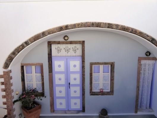 pretty houses Santorini