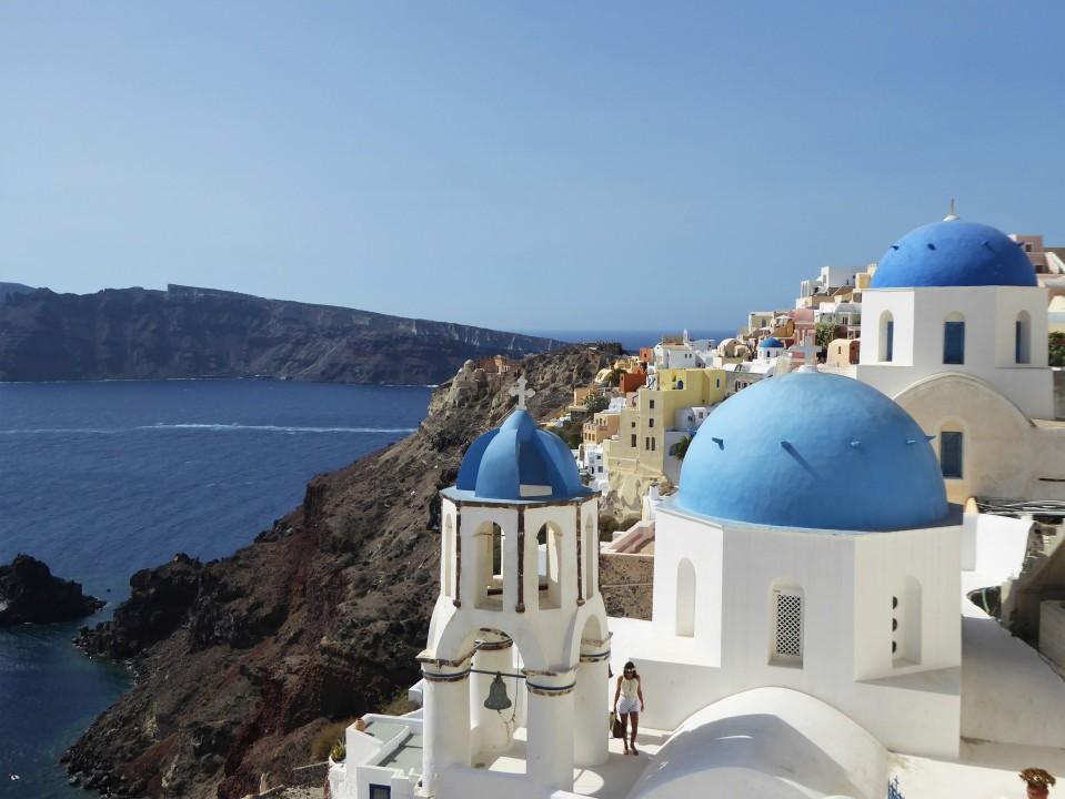 famous Oia blue church viewpoint