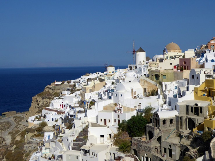 travel information for Santorini