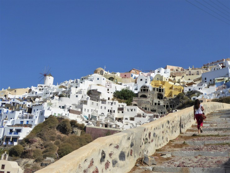 Oia Amoudi Bay Walk