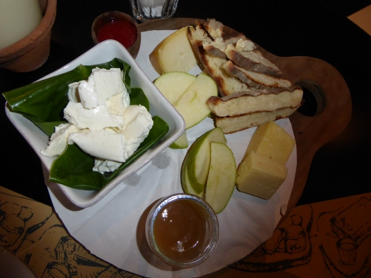Azor Hotel bar food