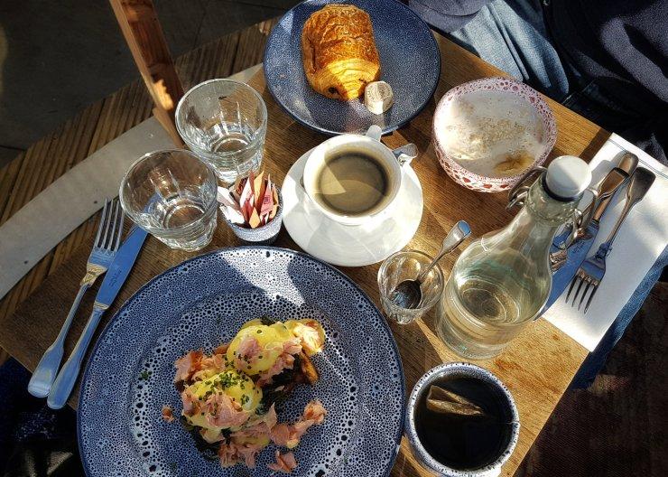 breakfast in igloo London