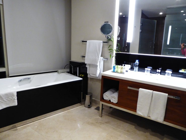 Intercontinental Hotel Doha City suites