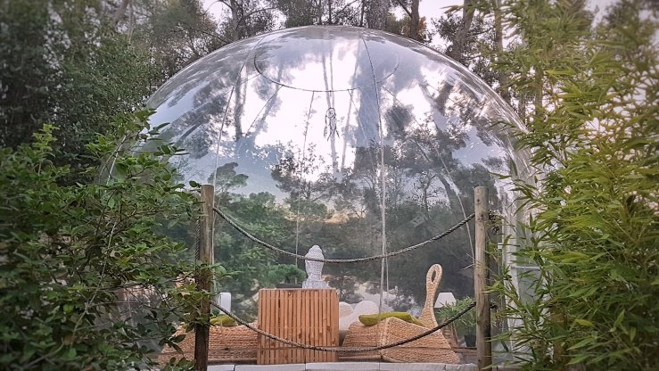 Bubble hotel stay