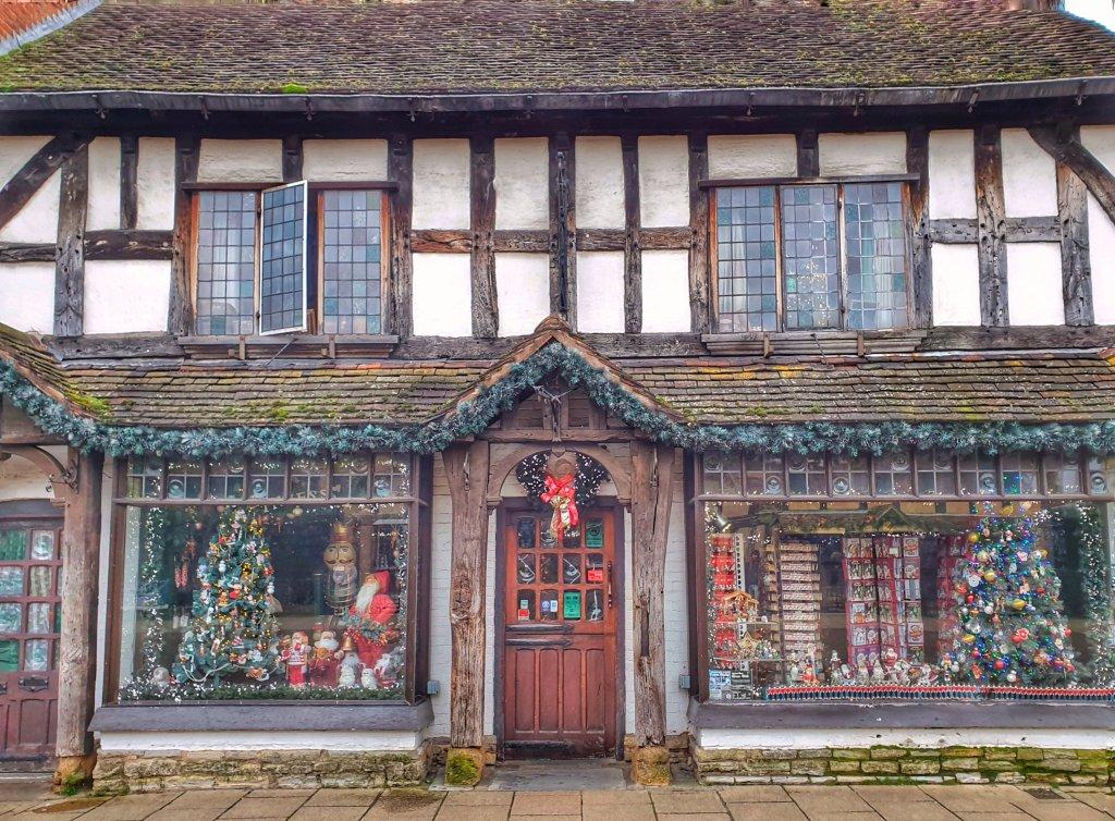 Christmas shop Stratford upon Avon